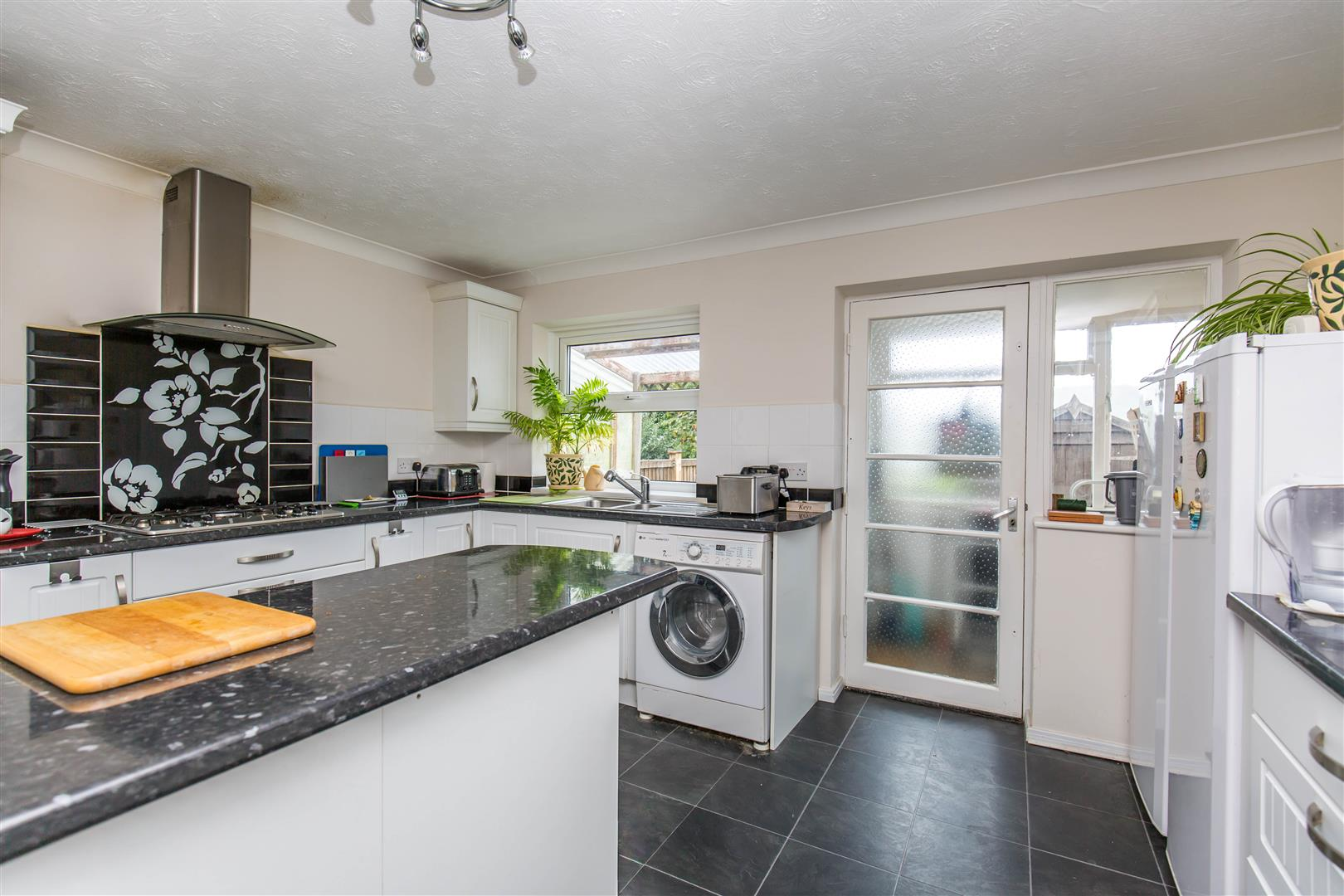 4 Bedrooms Semi Detached House for sale in Main Road, Biggin Hill
